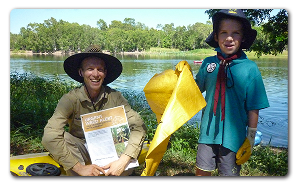 NQ Dry Tropics Project Officer Thijs Krugers with Josh at Aplins Weir Clean Up